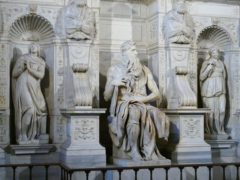 Esculturas de Lía, Raquel y Moisés de Miguel Ángel