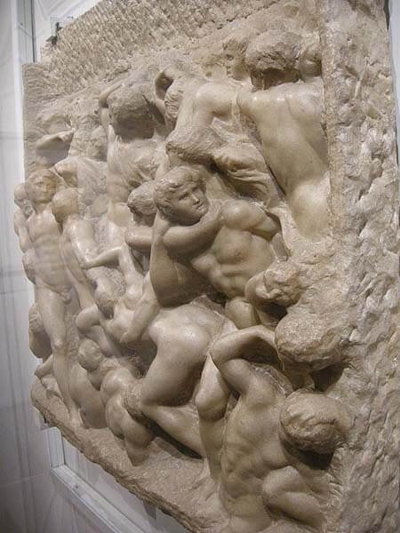Batalla centauros Michelangelo relieve Casa Buonarroti