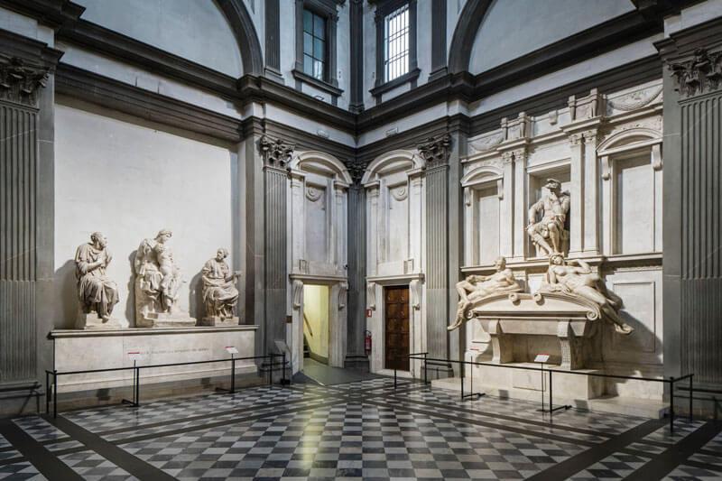 Capilla Medici de Michelangelo Florencia recién restaurada