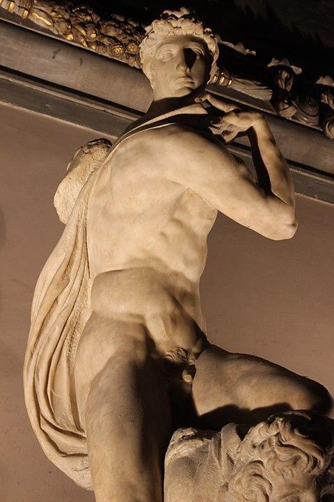 Genio de la Victoria de Michelangelo Palazzo Vecchio Florencia